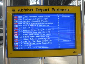 Anzeige Bahnhof Basel