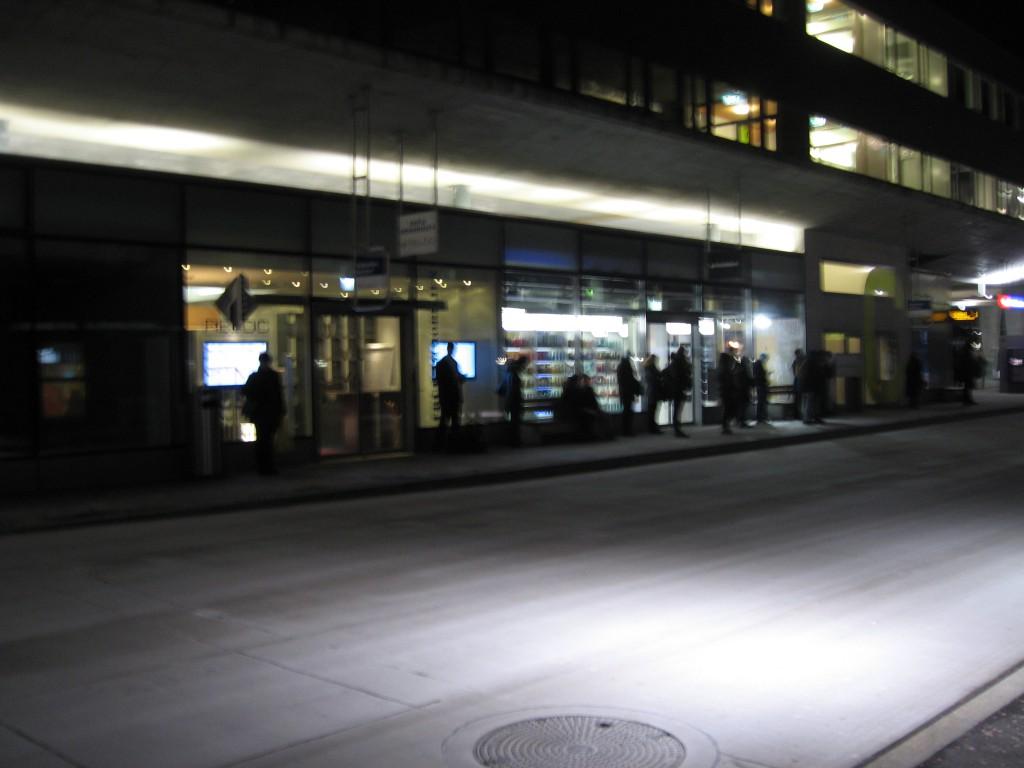 10 Bushaltestelle 4