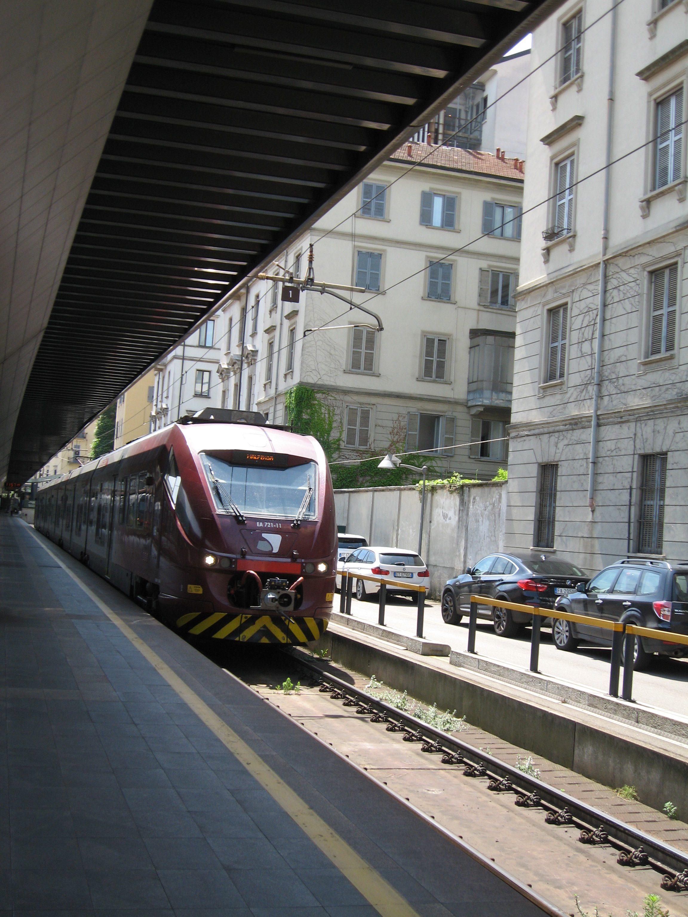 15 Milano Cadorna Perron 2