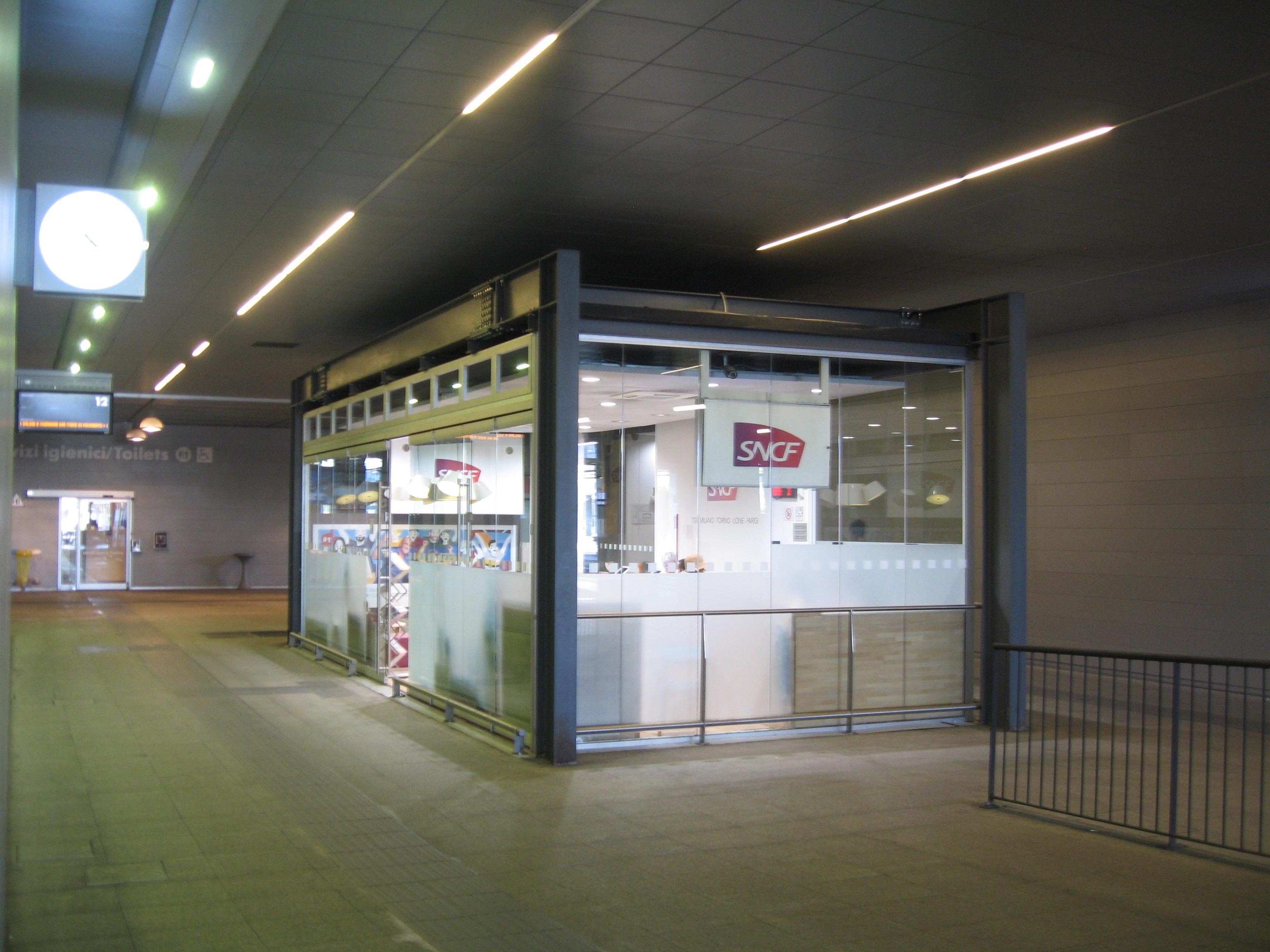 29 Milano Porta Garribaldi Schalter SNCF
